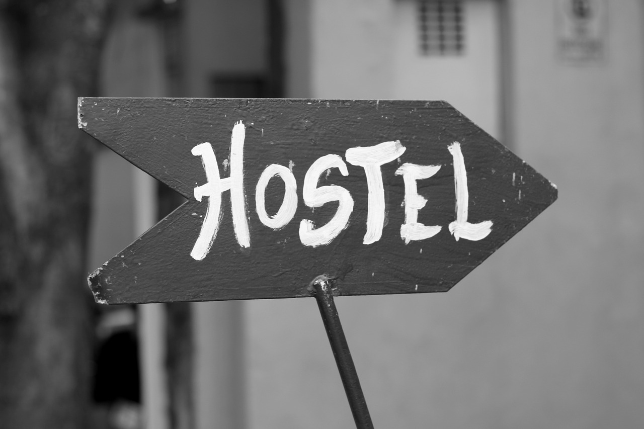 Hostel-sign-arrow