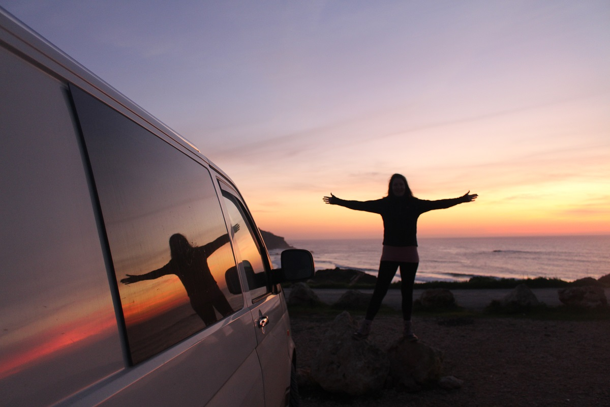 sunset-shadow-campervan-portugal-outline-roadtrip