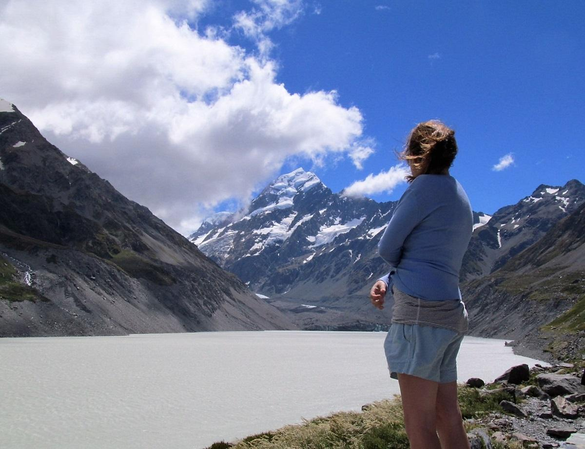 solo-travel-mount-cook-new-zealand