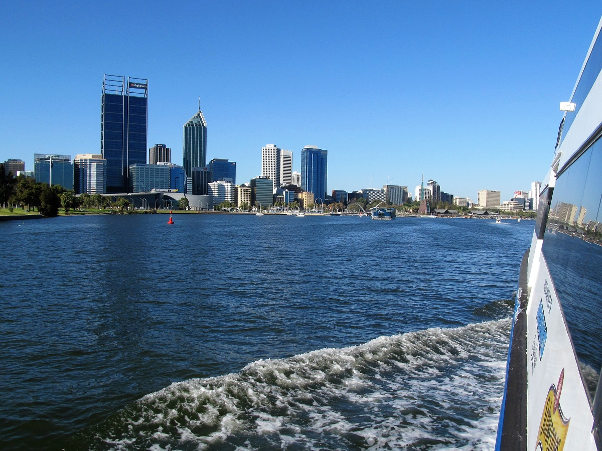 fremantle-captain-cook-cruise-perth-swan-river