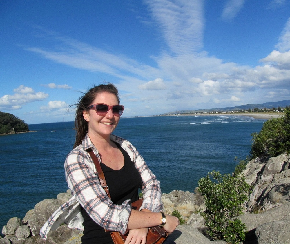thirty year old backpacker female travel