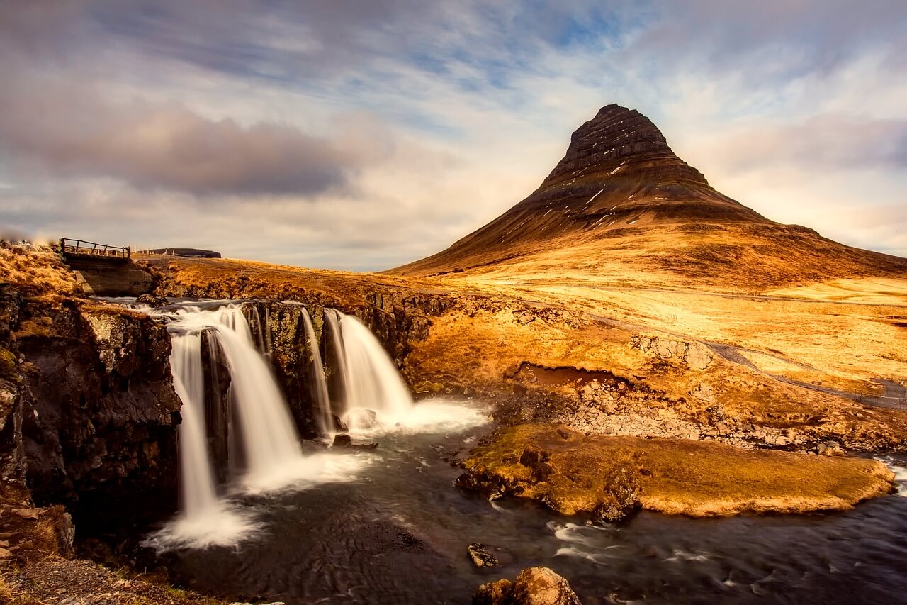 iceland happiest countries in the world